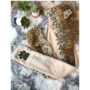 Other - Animal Print Toboggan w/ attached hand warmers